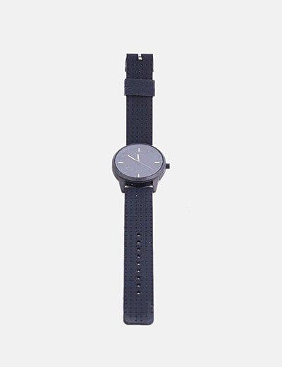 Reloj negro con correa de goma