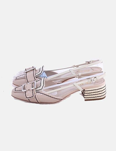 Sapatos rasos Prada