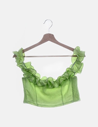 Conjunto de top y falda verde volantes