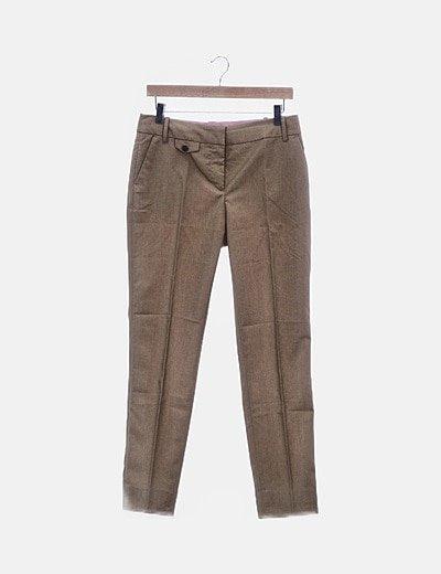 Pantalón beige chino
