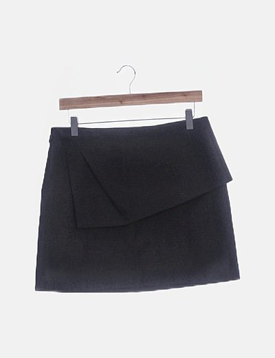 Falda negra combinada