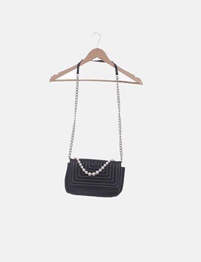 Bolso negros combinado perlas