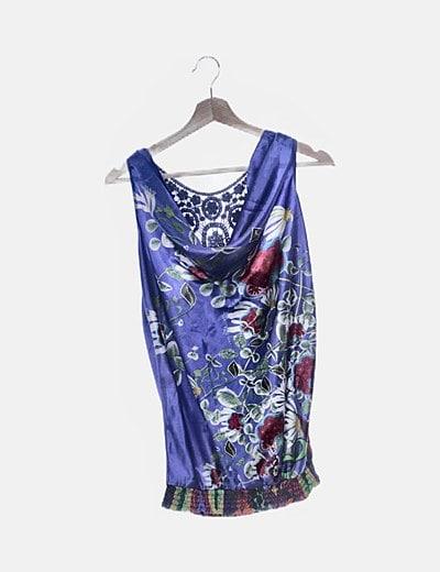 Blusa satinada azul floral