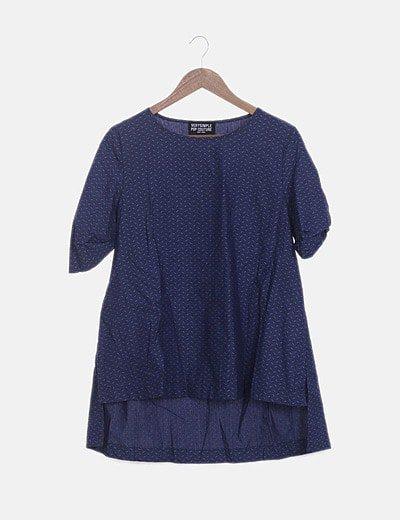 Blusa azul marina estampada