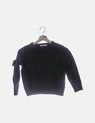 Jersey de punto negro detalle flecos