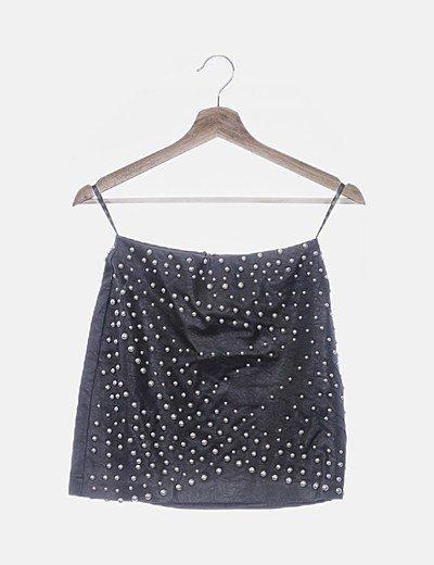 Falda encerada negra con tachas
