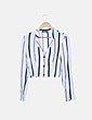 Camisa crop blanca de rayas Bershka