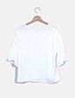 Blusa blanca con manga acampanada Stradivarius