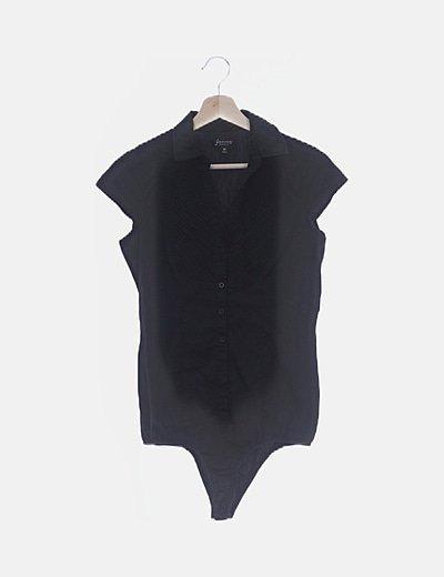 Body negro detalle plisado