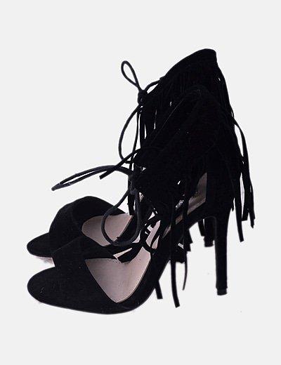 Sandalias flecos negros