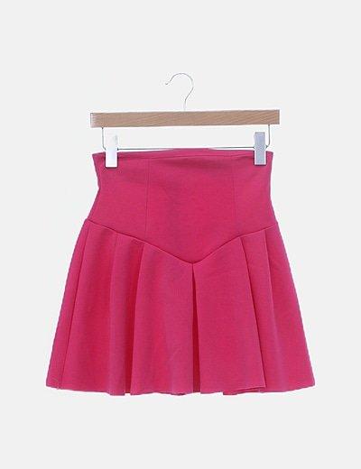 Falda mini rosa con vuelo