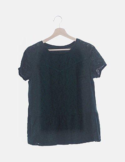 Camiseta manga corta verde troquelada