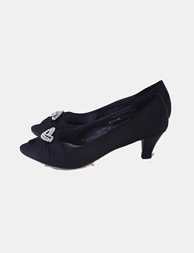 Zapato negro abierto tacón con strass