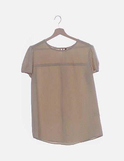 Camiseta beige fluida
