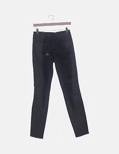 Pantalón encerado negro