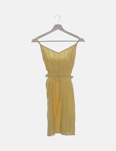 Vestido de tirantes encaje amarillo