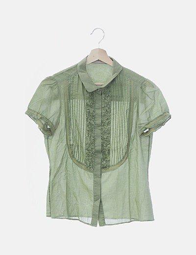 Camisa verde de manga corta