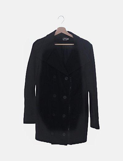 Chaquetón oversize negro con botones y cremallera