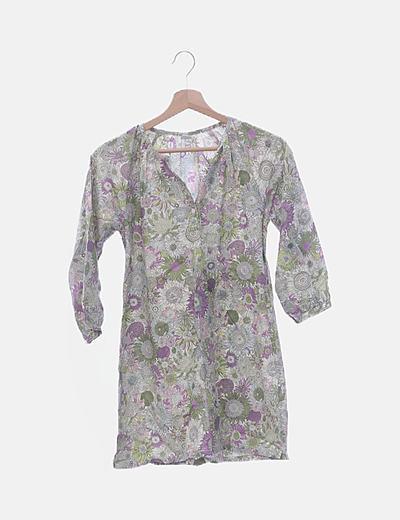 Vestido estampado floral con botones
