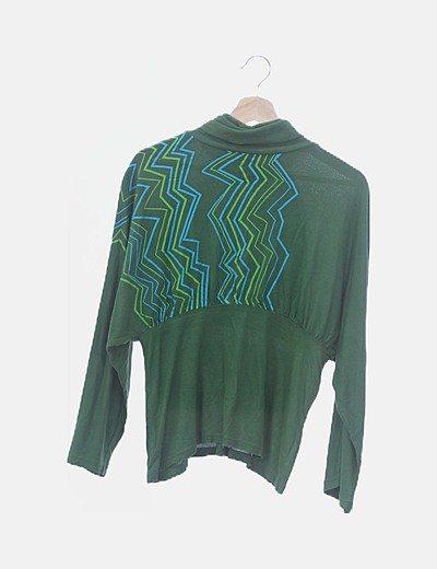 Camiseta verde estmpada