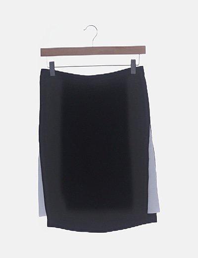 Falda negra lateral blanco