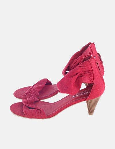 Sandalia de tacón denim rojo