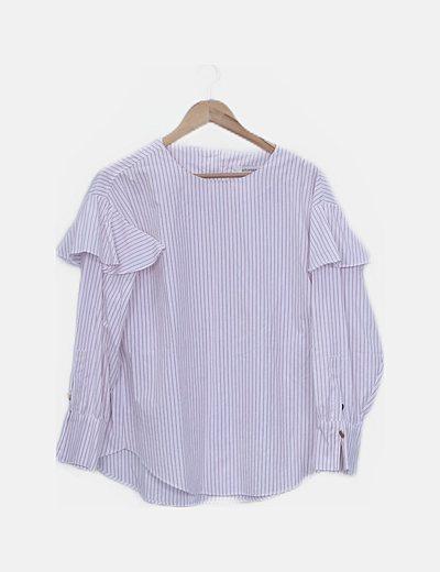 Blusa blanca con rayas detalle hombros