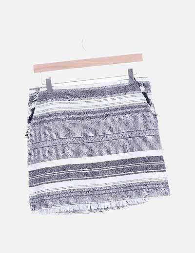 Falda bicolor con flecos