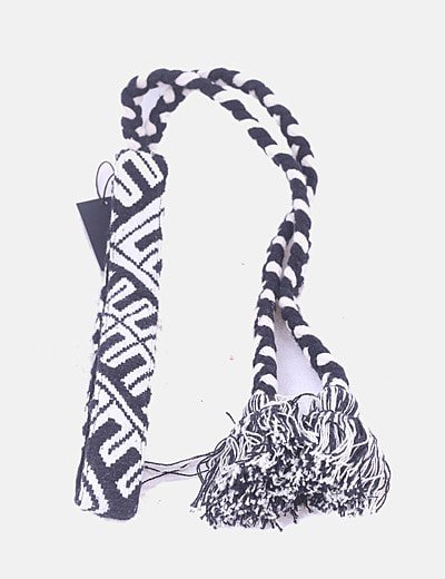 Cinturón étnico blanco y negro