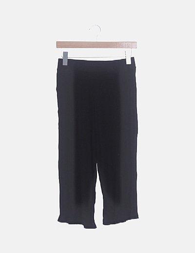 Pantalón culotte negro canalé