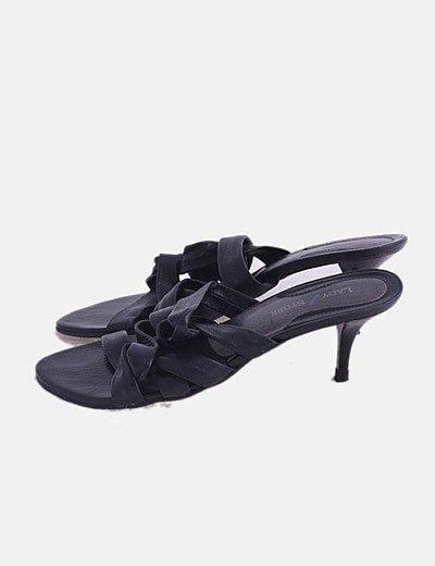 Sandalia negra de tiras enceradas