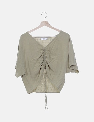 Blusa verde oversize escote fruncido