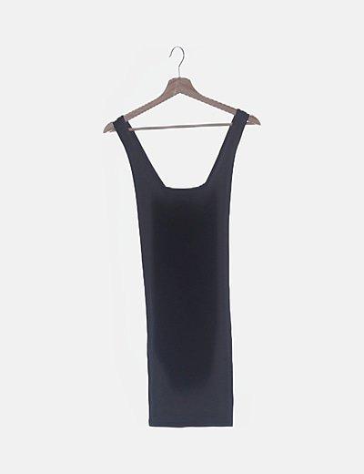 Vestido básico negro tirantes cruzados