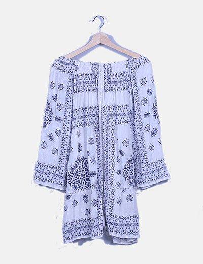 Vestido fluido blanco print floral azul