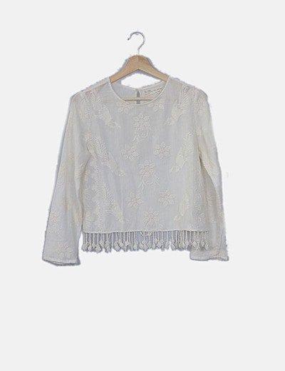 Blusa blanca desflecada