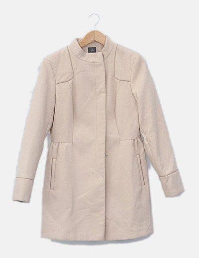 Abrigo beige de paño