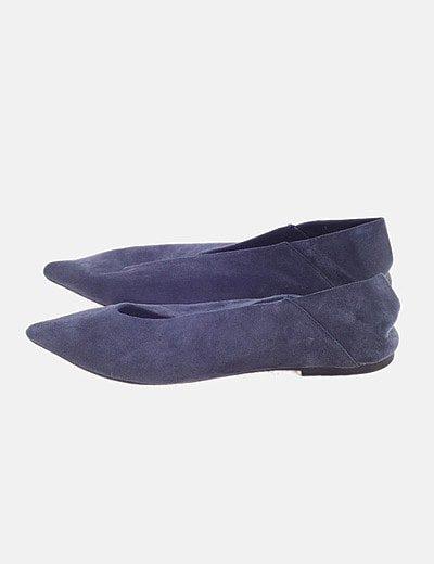 Zapato plano azul serraje