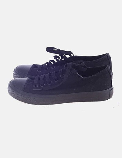 Sneakers puntera de goma negro