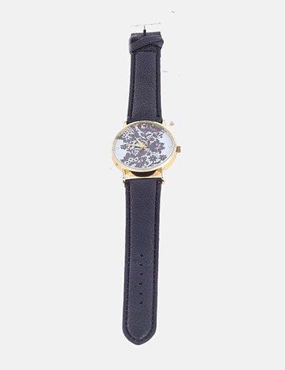 Reloj negro esfera dorada