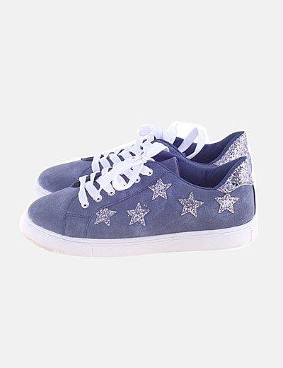 Sneaker azul con glitter