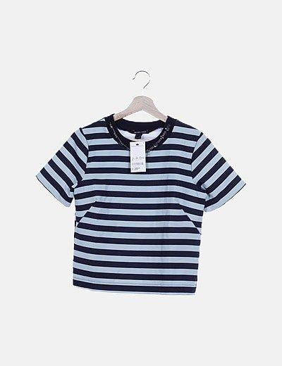 Camiseta bicolor con strass