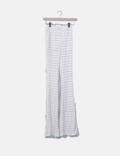 Pantalón de punto blanco roto de campana