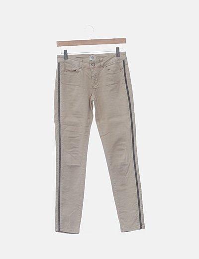Jeans denim beige detalle laterales