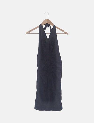 Vestido satén negro drapeado