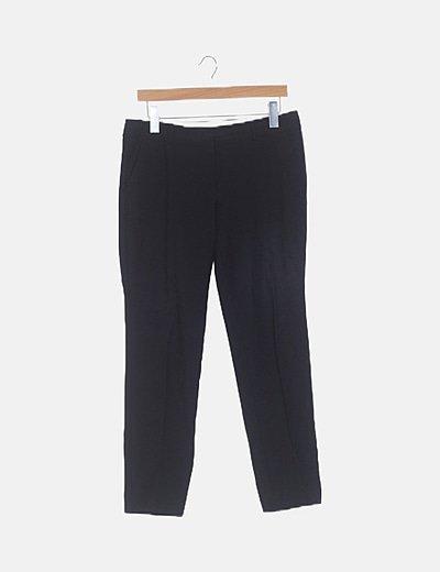Pantalón chino negro básico