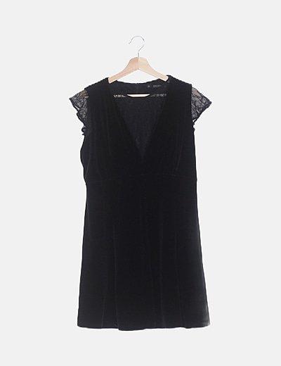 Vestido negro terciopelo combinado encaje
