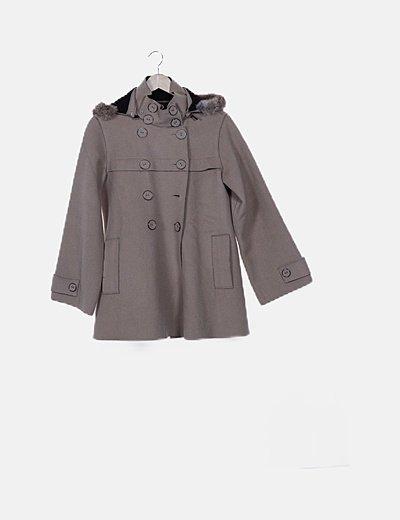Abrigo de paño beige con capucha