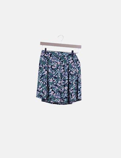 Conjunto top crop y falda estampado hawaiano