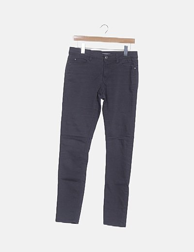 Pantalón denim recto gris