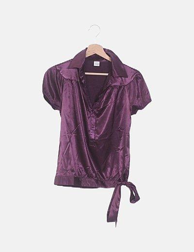 Blusa satinada morada